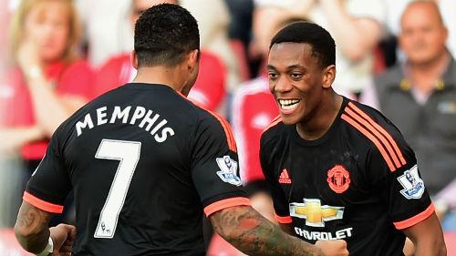 Derby Manchester: MU cần tốc độ và sự sáng tạo - 1