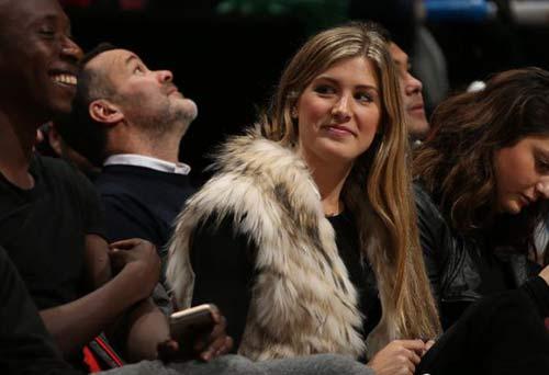 """Drogba """"hẹn hò"""" mỹ nhân tennis Bouchard - 2"""