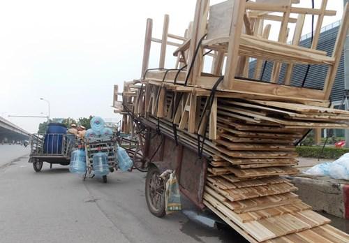 Hà Nội thu giữ hàng loạt xe máy cũ nát chạy trên đường - 6