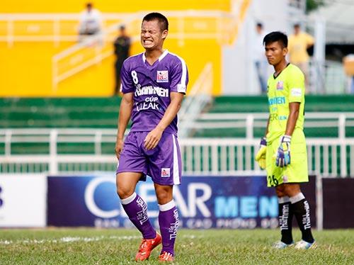 """Giải U21 Clear Men Cup: Chủ nhà TP.HCM """"bay"""" vào bán kết - 5"""