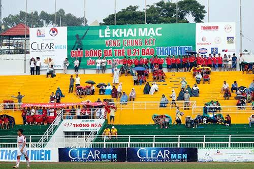 """Giải U21 Clear Men Cup: Chủ nhà TP.HCM """"bay"""" vào bán kết - 2"""