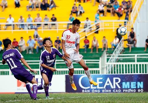 """Giải U21 Clear Men Cup: Chủ nhà TP.HCM """"bay"""" vào bán kết - 8"""