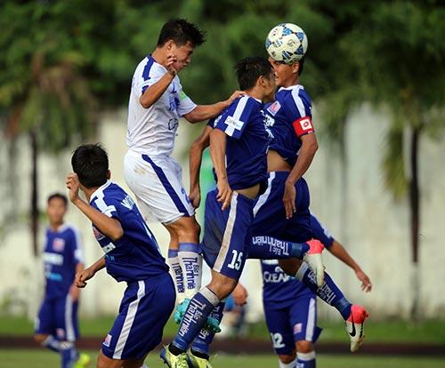 """Giải U21 Clear Men Cup: Chủ nhà TP.HCM """"bay"""" vào bán kết - 13"""