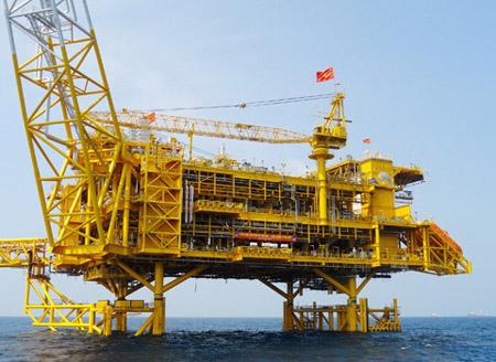 Giá dầu có thể xuống 20 USD/thùng, ngân sách hụt thu nặng? - 1