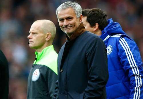 """Mourinho """"an toàn"""", nhưng chỉ trong …2 tuần - 1"""