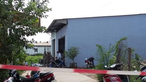 Sập xưởng keo, 2 người chết, 2 người bị thương nặng - 1