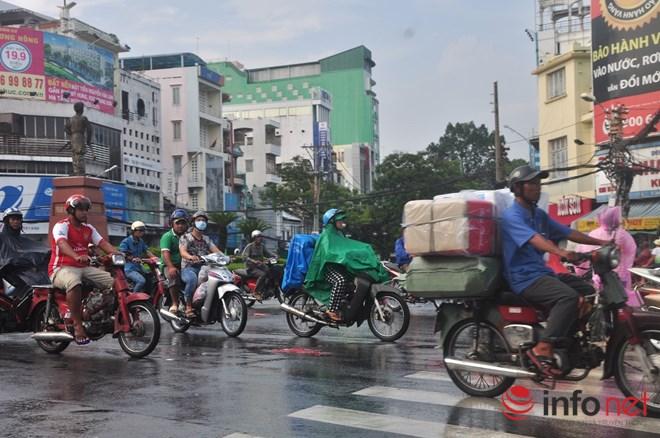 Xe mù vẫn tung hoành khắp đường phố Sài Gòn - 3