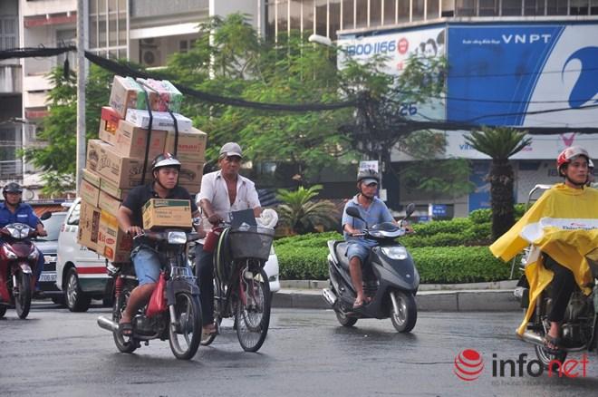 Xe mù vẫn tung hoành khắp đường phố Sài Gòn - 6