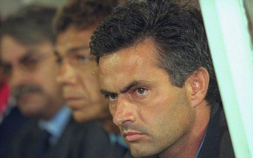 """Mourinho: Người """"thích"""" ra đi trong bão tố - 1"""