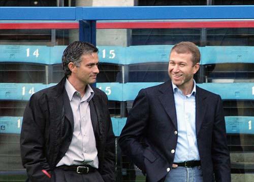 """Mourinho: Người """"thích"""" ra đi trong bão tố - 3"""