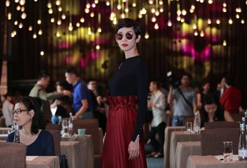 Hương Giang Idol kín đáo vẫn nổi bật - 7