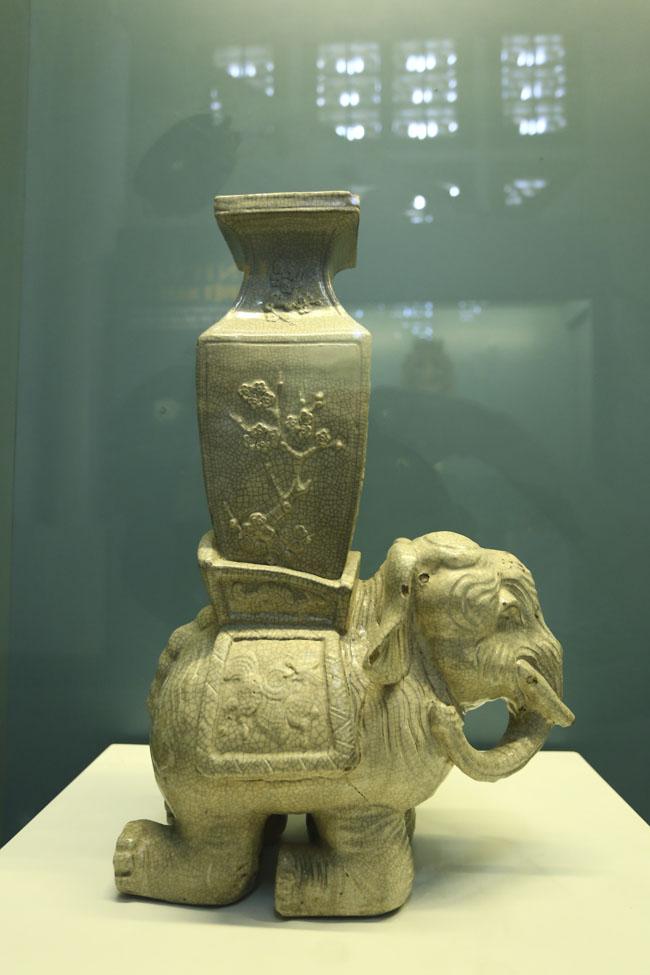 Chiêm ngưỡng linh vật Việt Nam bằng vàng ròng - 14