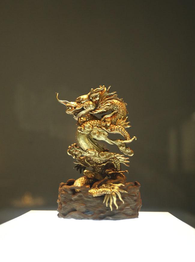 Chiêm ngưỡng linh vật Việt Nam bằng vàng ròng - 2
