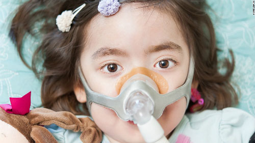 Kết thúc cuộc đời của cô bé 5 tuổi gây xúc động mạnh - 1