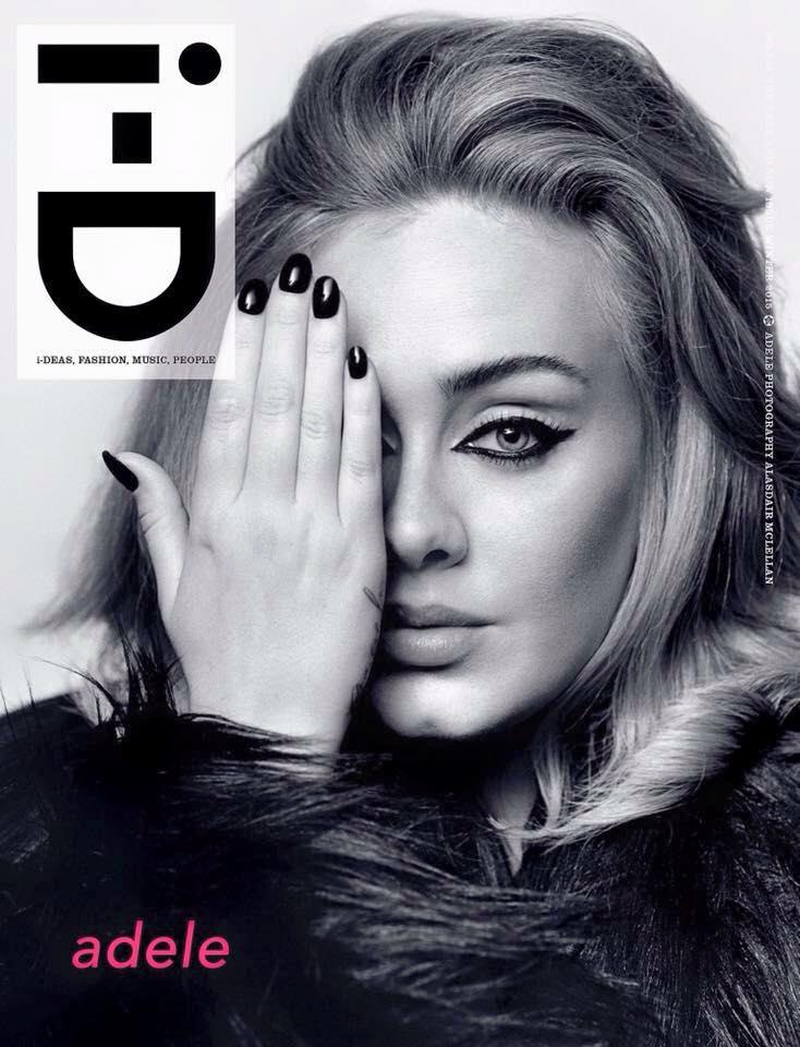 """Những điều đặc biệt về ca khúc """"Hello"""" đình đám của Adele - 1"""