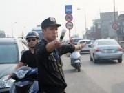 Tin tức trong ngày - Khi Cảnh sát Cơ động xuống đường chống ùn tắc...