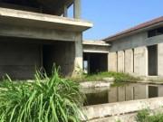 Tài chính - Bất động sản - Resort trăm tỷ bỏ hoang hàng km trên bờ biển