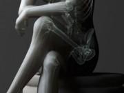 Sức khỏe đời sống - Tác hại khôn lường của việc ngồi vắt chéo chân