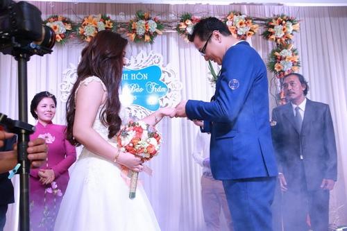 Bảo Trâm Vietnam Idol hạnh phúc trong ngày cưới - 8