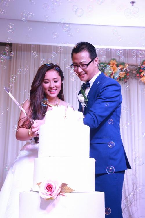 Bảo Trâm Vietnam Idol hạnh phúc trong ngày cưới - 9