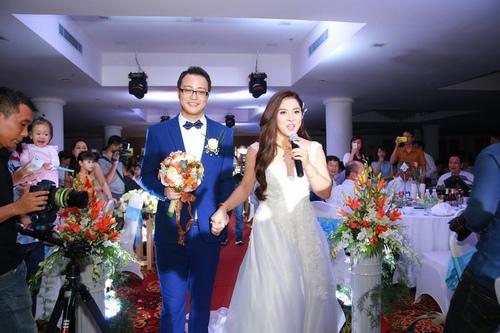 Bảo Trâm Vietnam Idol hạnh phúc trong ngày cưới - 4