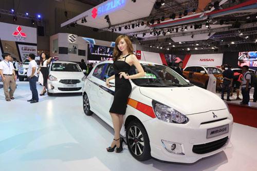 Tinh thần thi đấu Ralliart của Mitsubishi Motors tại triển lãm oto Việt Nam 2015 - 2