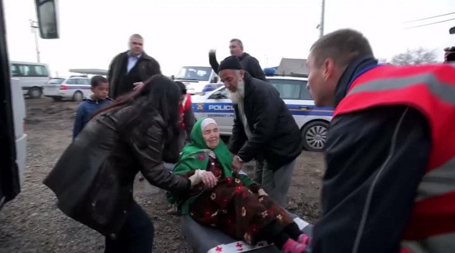 Cụ bà 105 tuổi đi bộ 20 ngày đến kiệt sức tìm nơi tị nạn - 3