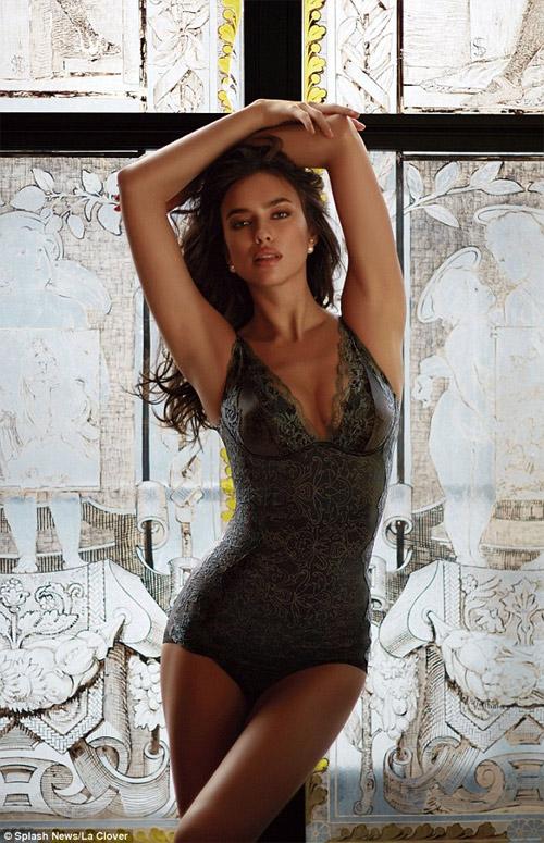 Irina Shayk mặc nội y sexy khiến fan ngây ngất - 3