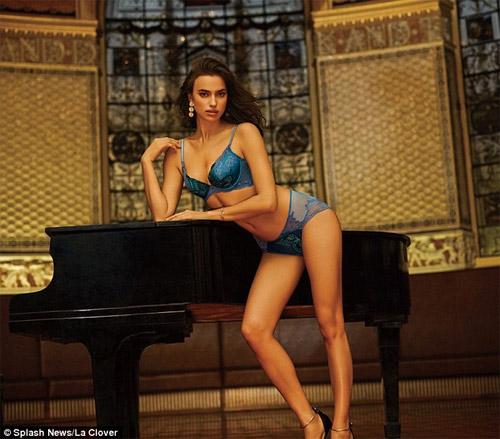 Irina Shayk mặc nội y sexy khiến fan ngây ngất - 4