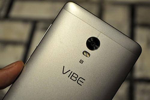 Lenovo tung smartphone VIBE P1 có cảm biến vân tay ở nút Home - 1