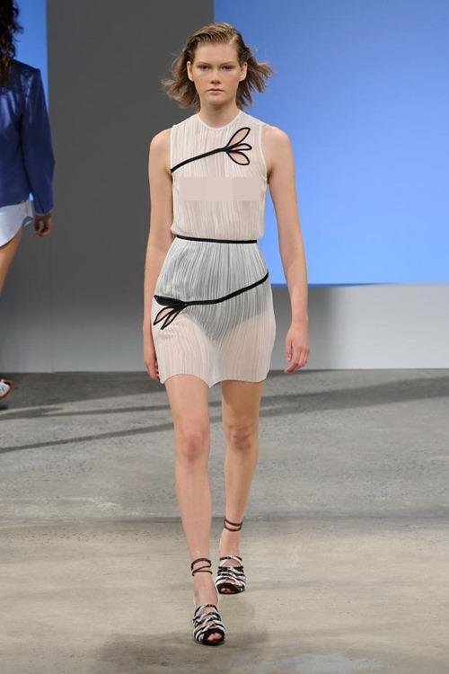 11 bộ váy mỏng manh khiến bạn không thể rời mắt - 6