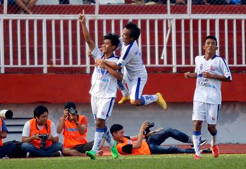Giải U21 Clear Men Cup: An Giang vỡ oà vào chung kết - 1