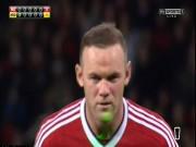 """Bóng đá - Rooney bị """"ám hại ngầm"""" trước khi sút 11m"""