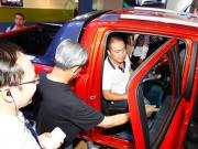 """Thị trường - Tiêu dùng - Người giàu Việt rủ nhau mua xe sang """"né"""" thuế"""