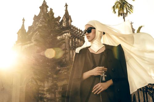 Vợ Minh Tiệp hóa phụ nữ Trung Đông huyền bí - 5