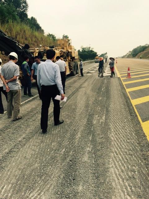 Khắc phục xong 22 vệt lún cao tốc Nội Bài - Lào Cai - 1