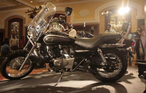 Bajaj tung loạt môtô mới giá rẻ 25-29 triệu đồng - 4