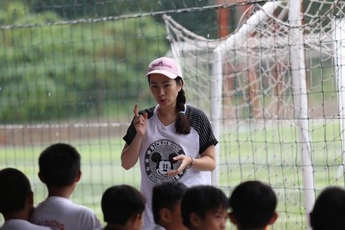"""MC Thanh Thảo """"hục hặc"""" với Công Vinh - 4"""