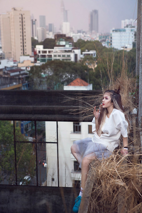 """Em gái ca sĩ Phương Linh hóa """"nữ hoàng nổi loạn"""" - 10"""