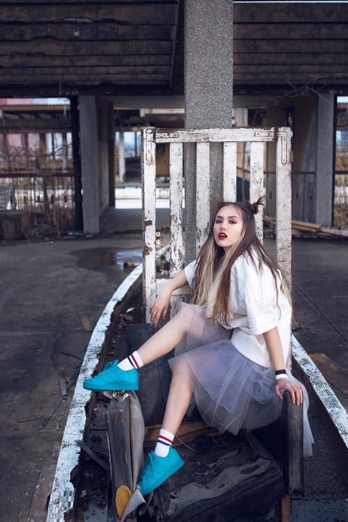 """Em gái ca sĩ Phương Linh hóa """"nữ hoàng nổi loạn"""" - 9"""