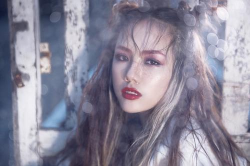 """Em gái ca sĩ Phương Linh hóa """"nữ hoàng nổi loạn"""" - 8"""