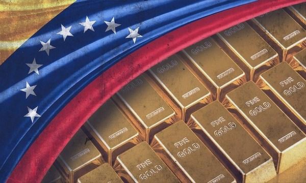 Cạn kiệt tiền, Venezuela phải bán vàng để trả nợ - 1
