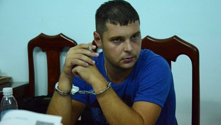 Bắt nghi can người Nga bị Interpol truy nã - 1