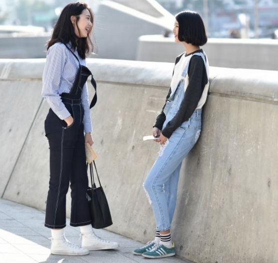 1446260279 1446260142 untitled 6 Quần jeans ống lửng hớp hồn phái đẹp toàn thế giới