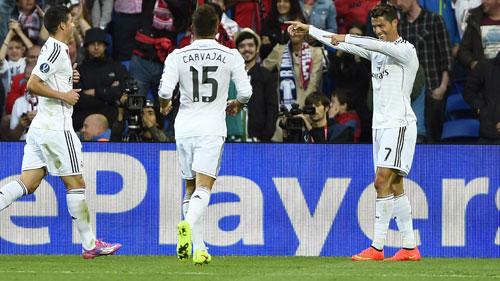 Real - Las Palmas: Khi Benitez thích chơi tấn công - 2