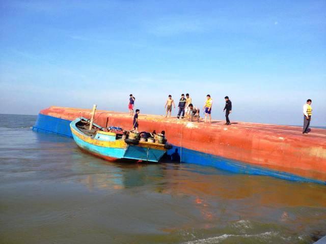 Tàu chìm ở Cần Giờ: Cuộc tìm kiếm gặp bế tắc - 6