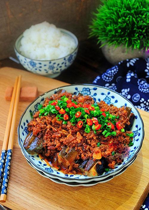 Cà tím xào thịt cay ngon cơm cho cả nhà - 4