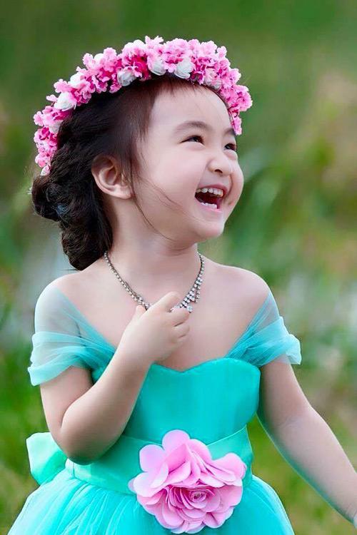 """Bé gái Lâm Đồng đẹp như thiên thần """"đốn tim"""" dân mạng - 1"""