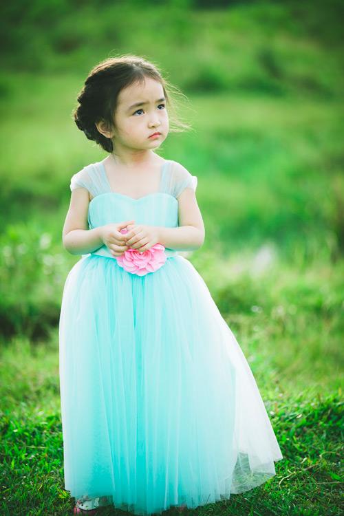 """Bé gái Lâm Đồng đẹp như thiên thần """"đốn tim"""" dân mạng - 3"""