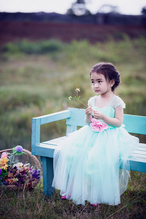 """Bé gái Lâm Đồng đẹp như thiên thần """"đốn tim"""" dân mạng - 5"""